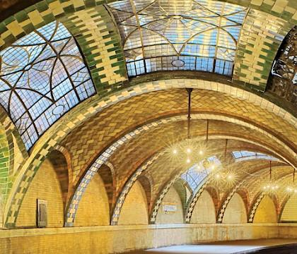 'Palaces for the People: Guastavino and the Art of Structural Tile'