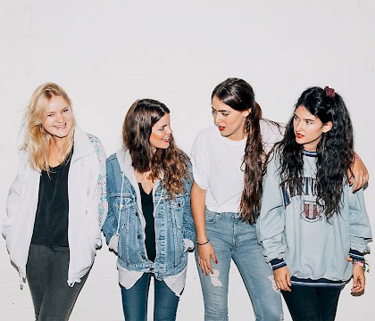 Hinds 2016 U.S. Tour in Portland