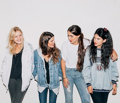 Hinds 2016 U.S. Tour in Los Angeles