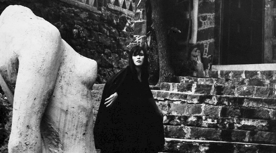 The Photo Stories of Kati Horna in the Illustrated Press