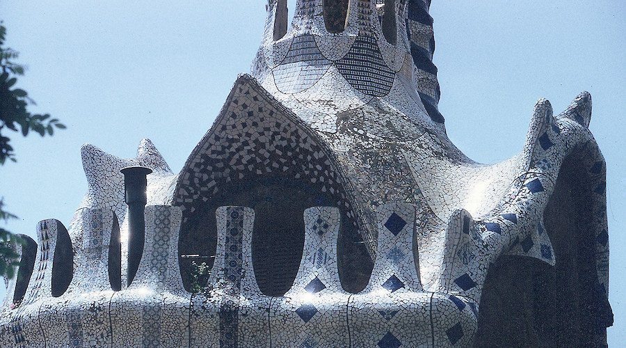 Documentarists for a day: Gaudí and Picasso